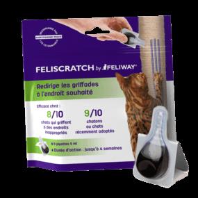Feliscratch - Faire les griffes sur un griffoir